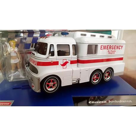 Ambulancia Carrera Digital 1/32