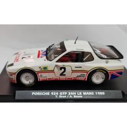 Porsche 924 GTP 24h Le Mans 1990 n3 D. Bell - A. Holbert